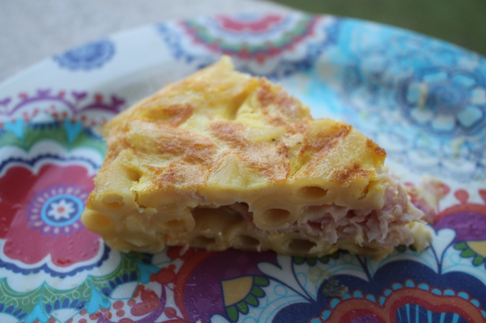 Frittata di pasta emmental e prosciutto cotto